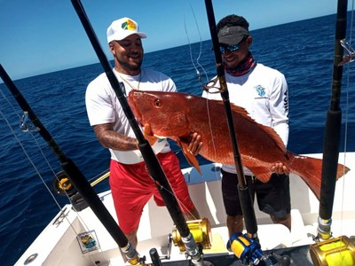 costa rica sport fishing red snapper 2